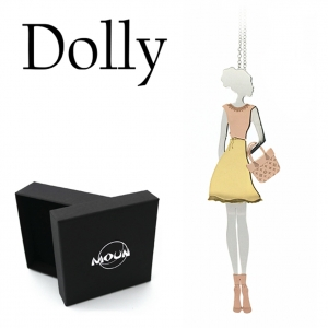 Collana con pendente Dolly Fashion Blogger in abito fashion e borsetta, in argento 925 rodiato e applicazioni in argento placcato oro e oro rosa.